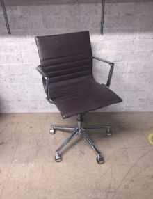 Used ICF Una Management Office Chair