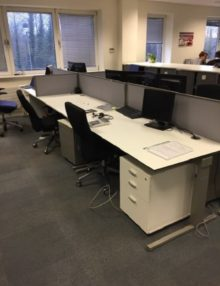 Used Techo Horizont 1600mm White Office Desk
