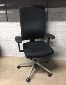 Used Dauphin @Just Magic Ergonomic Office Chair