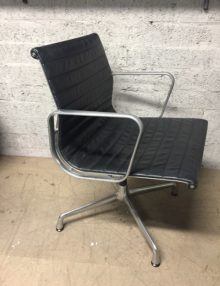 Eames Aluminum Chair - EA108