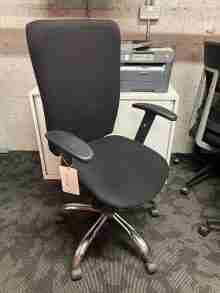 Used Black Nowy Styl Bolero Operator Office Chair
