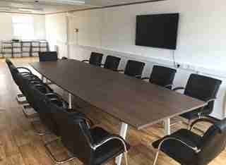 Royal Oak Switch Boardroom Table