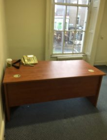 Used Cherry 1600mm Wave Desk