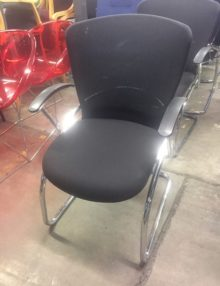 Used Mesh Cantilever Boardroom Chairs Set